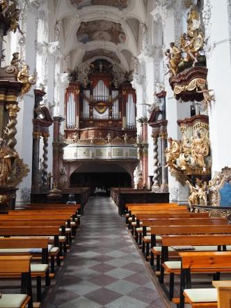 Stiftskirche St. Marien Himmelfahrt, Blick zur Orgelempore