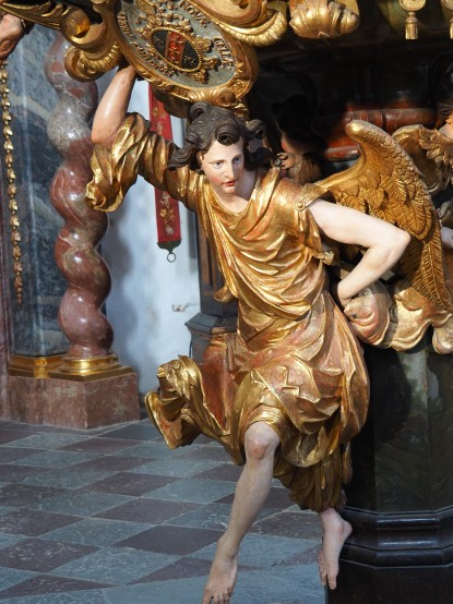 Kanzel: tragender Engel