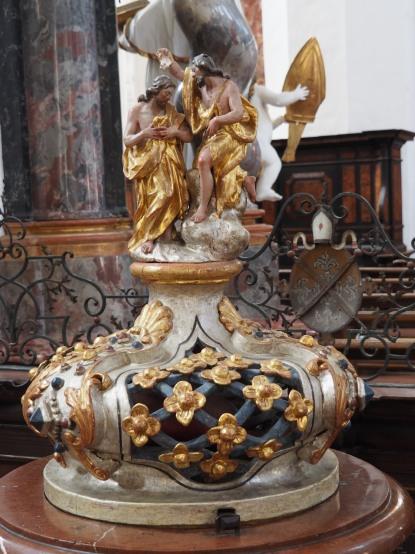 Taufstein, Deckel