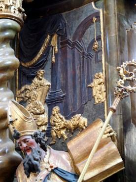 Tauf-Altar: Relief Geburt Jesu