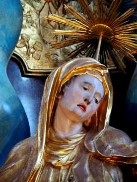 Kreuzaltar, Maria