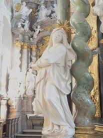 Stiftskirche, Kreuz-Altar: Maria