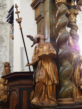 Stiftskirche, Tauf-Altar: Gregor